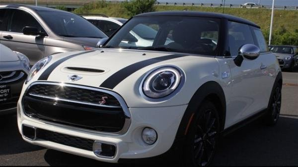 Showcase cover image for Tommyake's 2016 Mini Cooper S